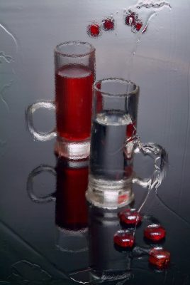 рюмки с водкой