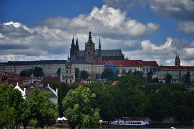гордской пейзаж Прага,церкви,памятники архитектуры,тур в Прагу,фотографии Праги,город Прага,фото Праги,как снимать в Праге,где жить в Праге