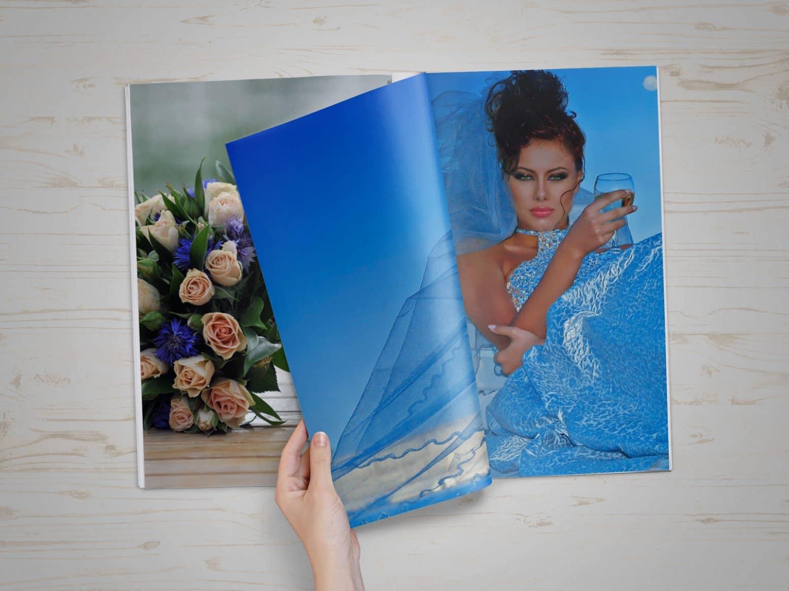 свадьба на синем фоне